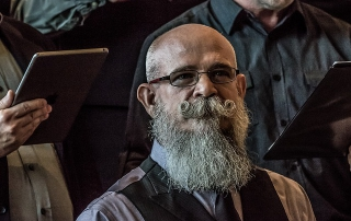 curare una barba lunga
