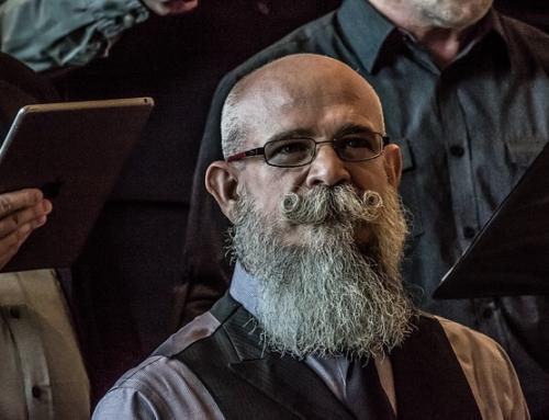 Come curare una barba lunga in pochissime mosse